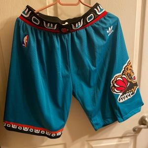 Vancouver Grizzlies Basketball Shorts